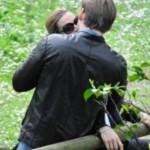 Michelle Hunziker, baci appassionati con Tomaso  e coccole con Lilly e la piccola Sole