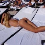 Laura Cremaschi, curve sexy e natalizie